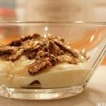 Kjapp frokost med yoghurt og knekkebrød