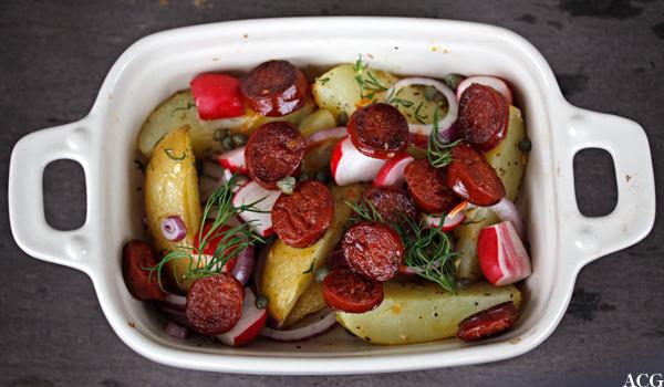 Bilde av form med lun potetsalat