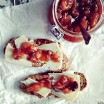 Chutney med plommer og chili