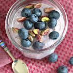 Kjøleskapsgrøt med blåbær
