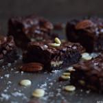 Brownies med salte nøtter
