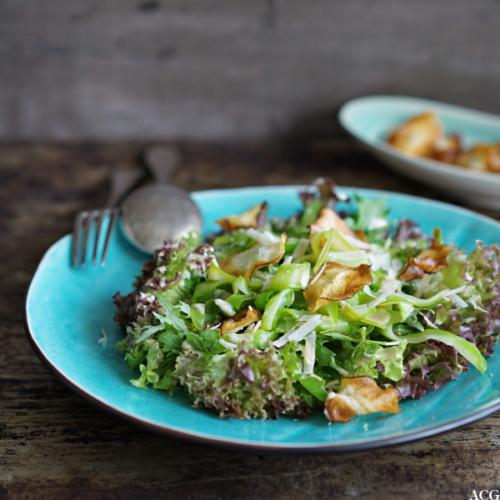 aspargessalat med lakrisdressing