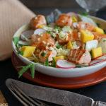 Laksesalat med mango og fennikel