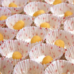 konfektformer med karsipankuler