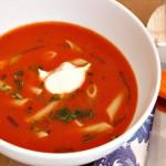 Sprek tomatsuppe med pasta
