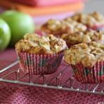 Apple & cinnamon crumble muffins