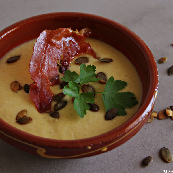 spansk mandel og løksuppe