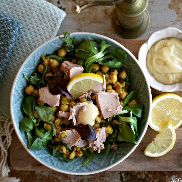 kikertsalat med tunfisk og majones