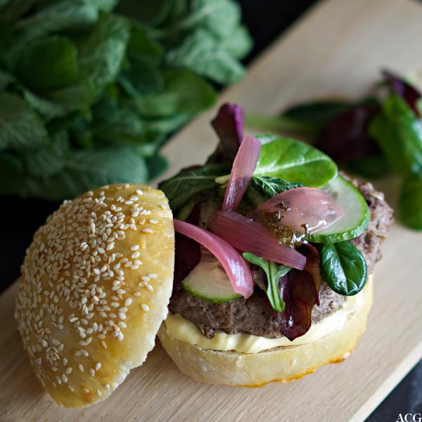 Lammeburger med myntegele