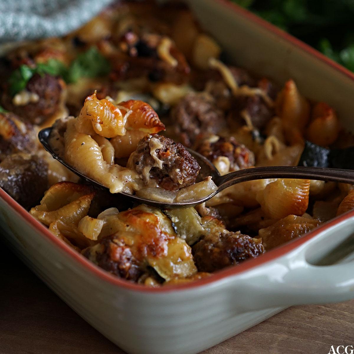 grateng med kjøttboller pasta