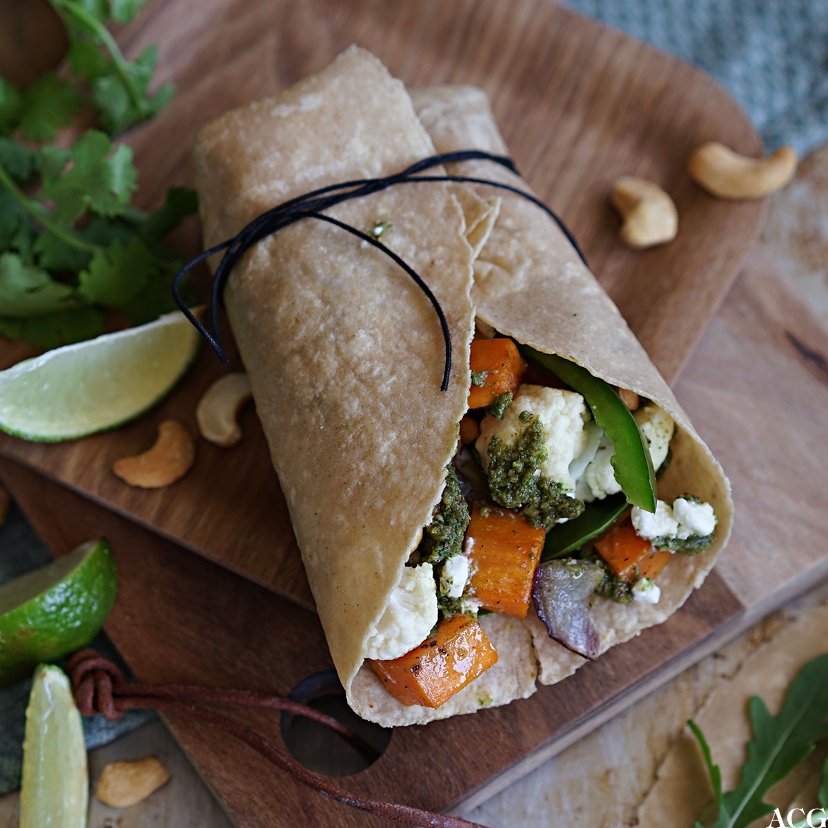 Wraps med bakt søtpotet og cottage cheese