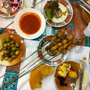 Marrakech 0317 jemaaelfna mat